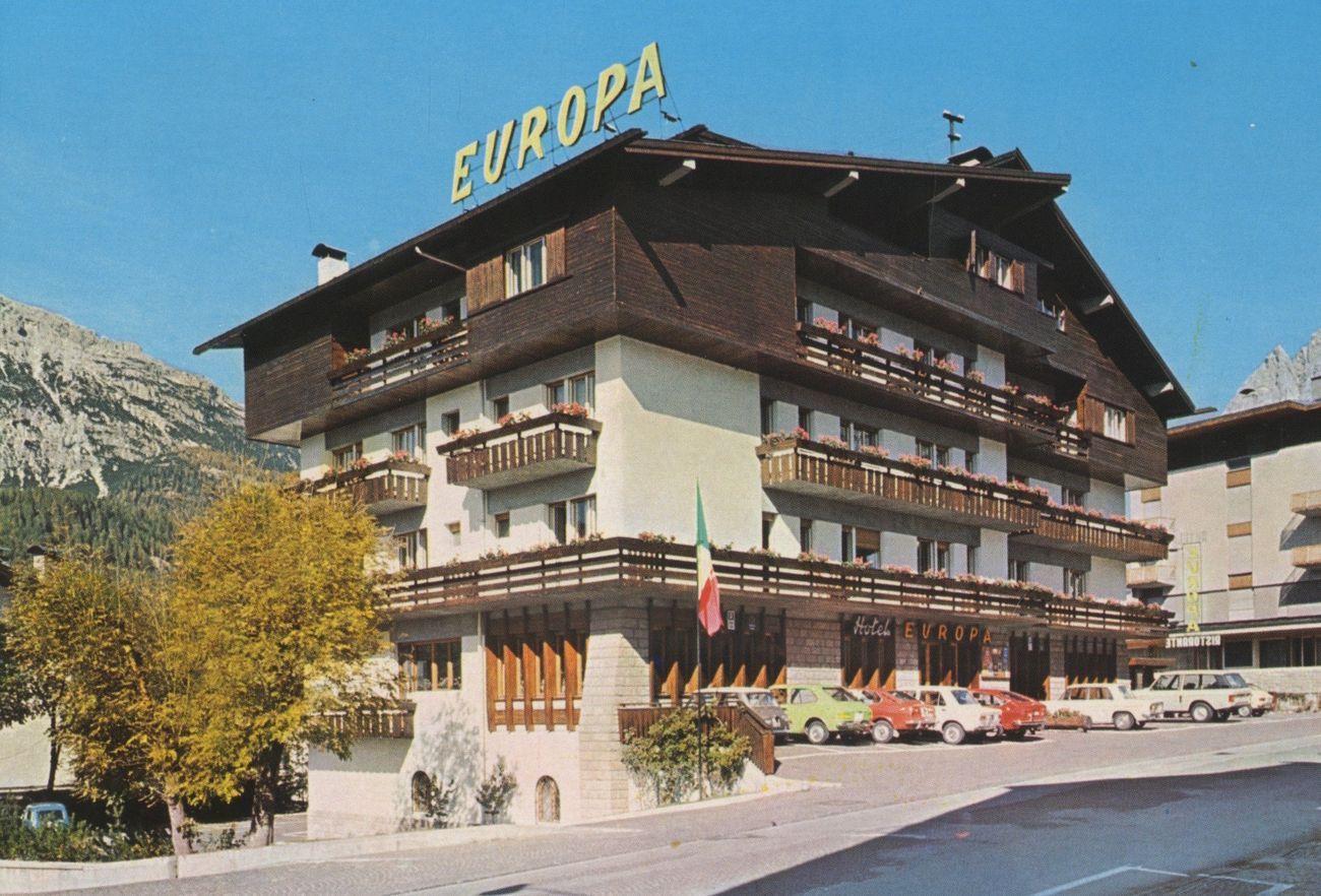 Alex Urso, GRAND HOTEL EUROPA. Serie di cartoline, 2019
