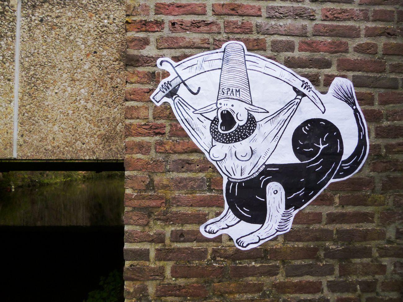Guerrilla Spam, La terra dei grilli, Hertoghenbosch, 2016