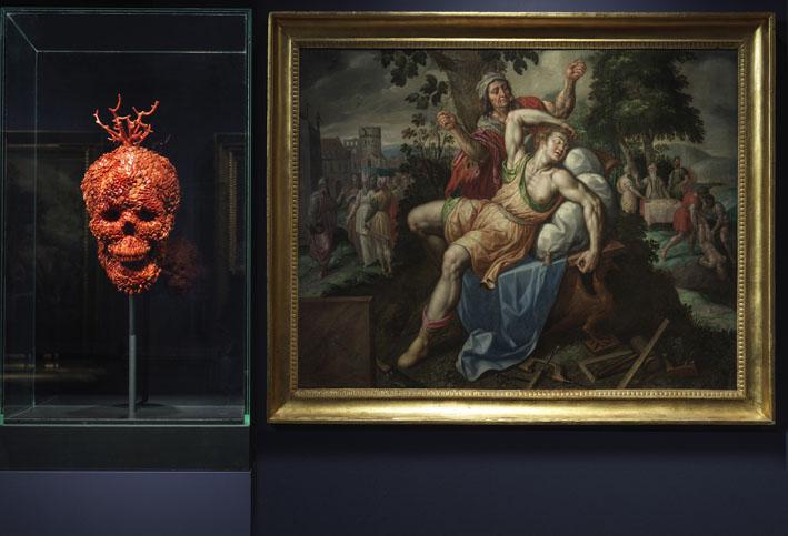 """Museo e Real Bosco di Capodimonte """"Jan Fabre. Oro Rosso, Sculture d'oro e corallo, disegni di sangue"""". © Luciano Romano"""
