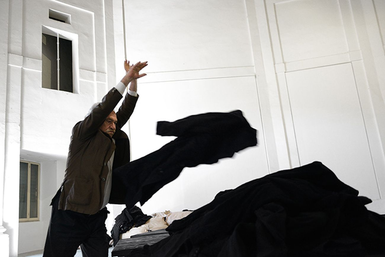 Jannis Kounellis. Centro Arti Visive Pescheria, Pesaro 2016. Photo Michele Alberto Sereni