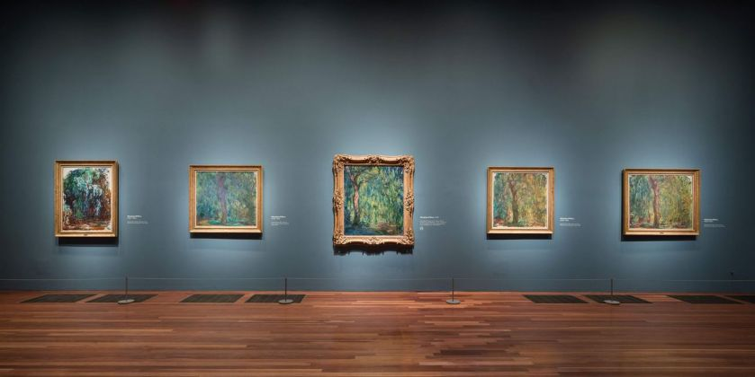 Monet. The Late Years. Installation view at de Young museum, San Francisco 2019. Photo Drew Altizer. Image courtesy of the Fine Arts Museums of San Francisco