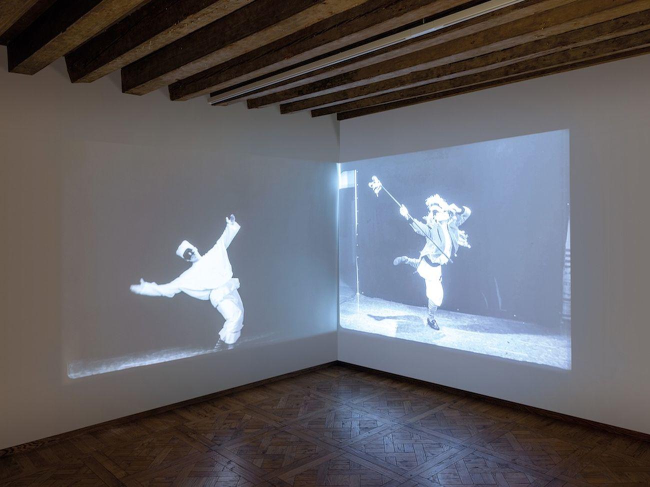 Pino Pascali interpreta Pulcinella (video, 3'24'') e Pazzariello (video, 1'16'') per lo spot Cirio, 1965. Fondazione Pino Pascali, Polignano a Mare