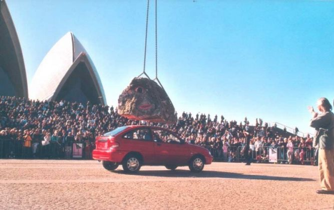 Jimmie Durham, Still life with Stone and Car, 2004, Sydney Biennale