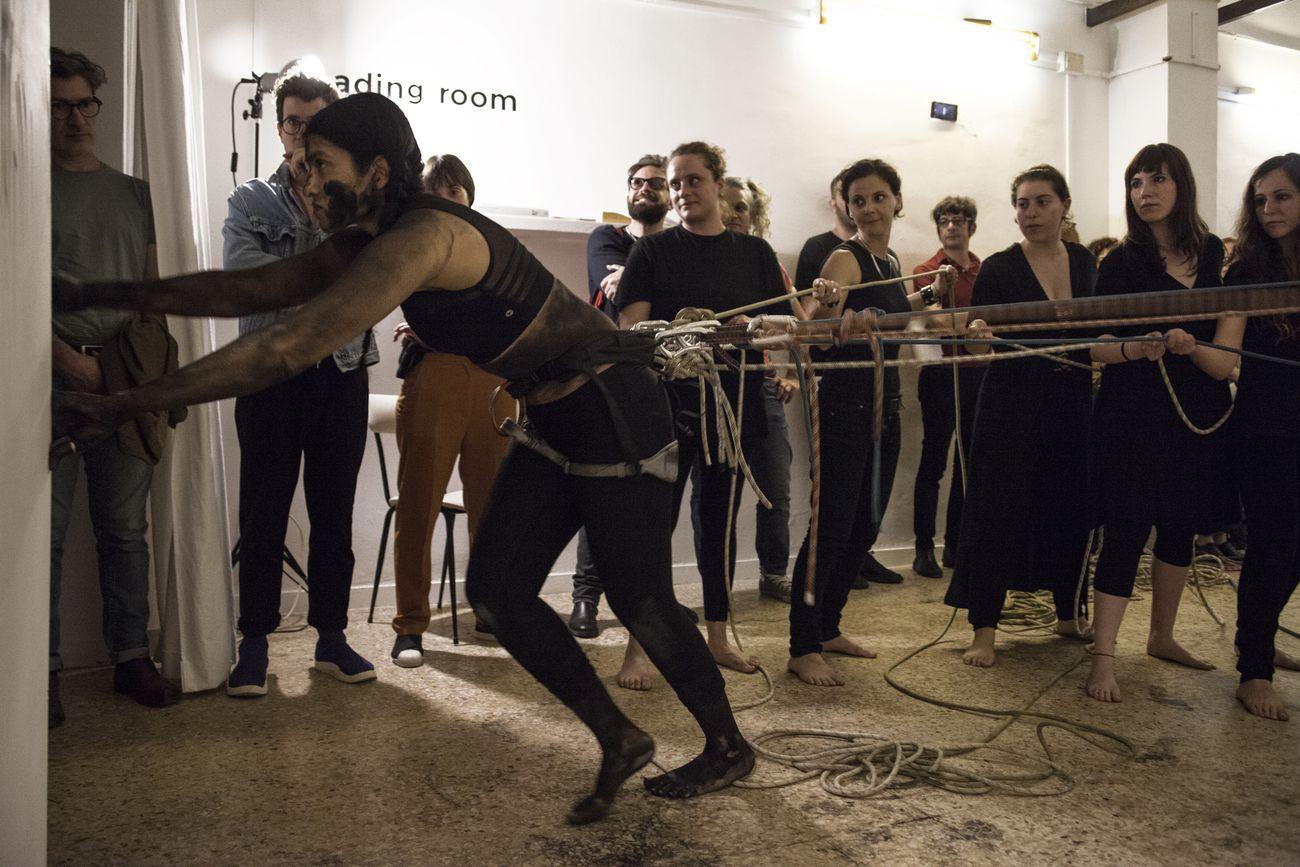 Baseera Khan, Belay. Performance presso PIA Studio, Lecce 2019