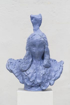 Emiliano Maggi, Lady in Blue Silk, 2019, glazed ceramic, 63x52x26 cm. Courtesy Operativa Arte & the artist