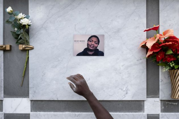 Francesco Bellina, Tumb of Becky, a Nigerian girl killed in the ghetto of Rosarno, after living in Riace.