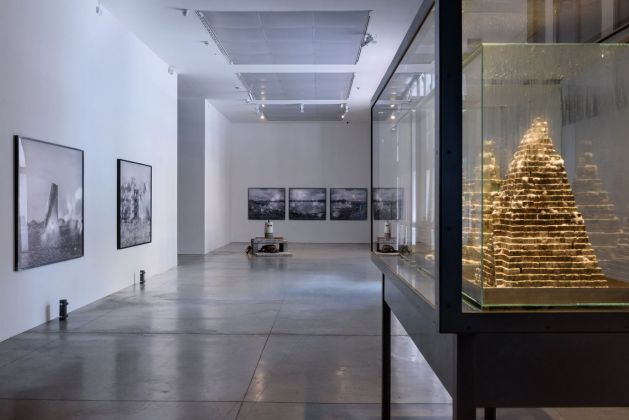 Julian Charrière. All We Ever Wanted Was Everything and Everywhere. Installation view at MAMbo – Museo d'Arte Moderna di Bologna. Photo Giorgio Bianchi, Comune di Bologna