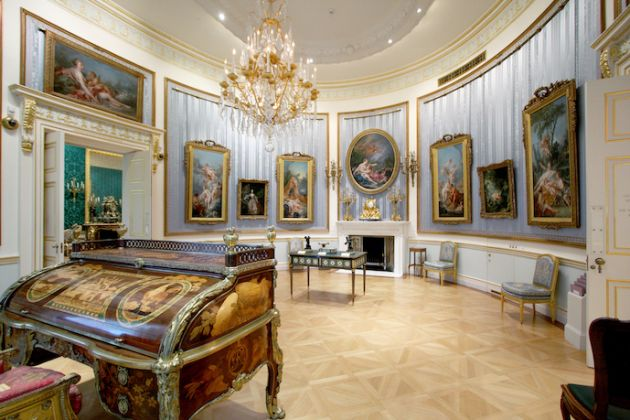 Oval Drawing Room (c) The Wallace Collection
