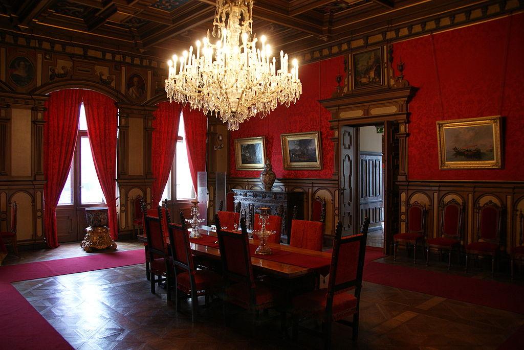 Uno dei saloni del Castello di Miramare, Trieste. Ph. Wikimedia