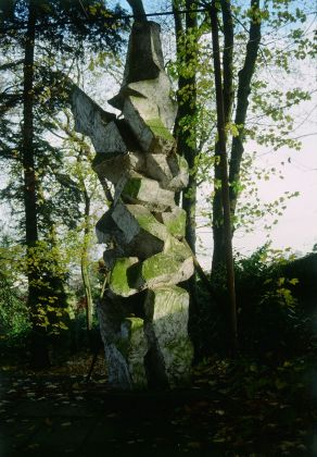 André Bloc, Totem, 1964. Collection Frac Centre Val de Loire