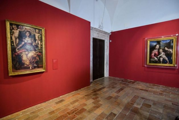 Da Raffaello. Raffaellino. Installation view at Palazzo Ducale, Sale del Castellare, Urbino, 2019. Photo Claudia Cavallo