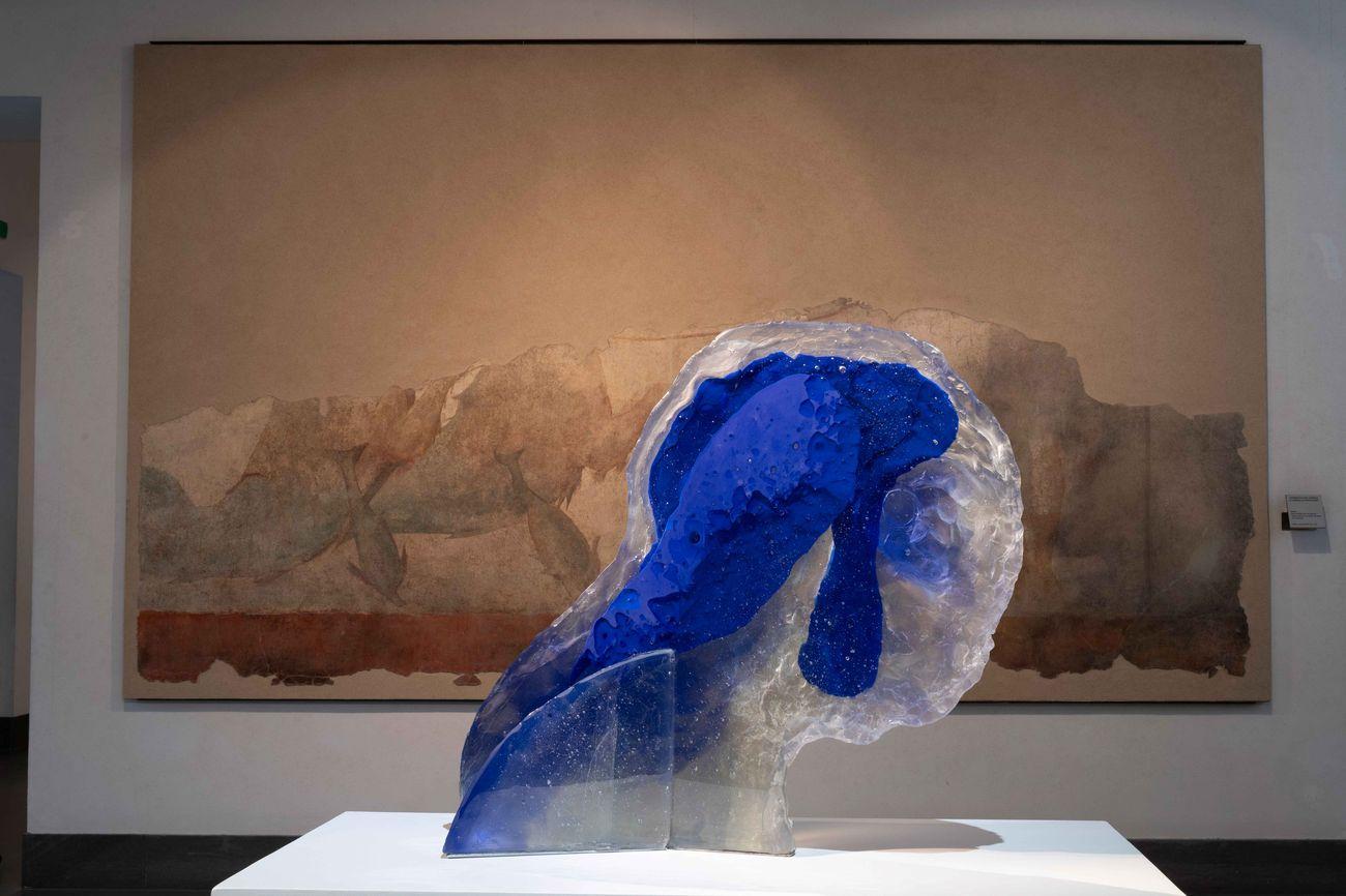 Diego Perrone, La notte all'indietro pesa, exhibition view at Museo Nazionale Romano 2019. Photo Giorgio Benni