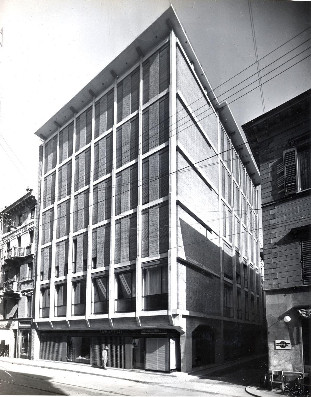 Franco Albini, Edificio per uffici dell'Ina, Parma, 1950-54 © Fondazione Franco Albini