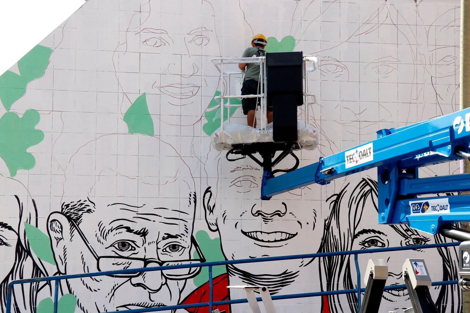 Lucamaleonte a Ostia, muro 2. Ph. a.DNA Collective