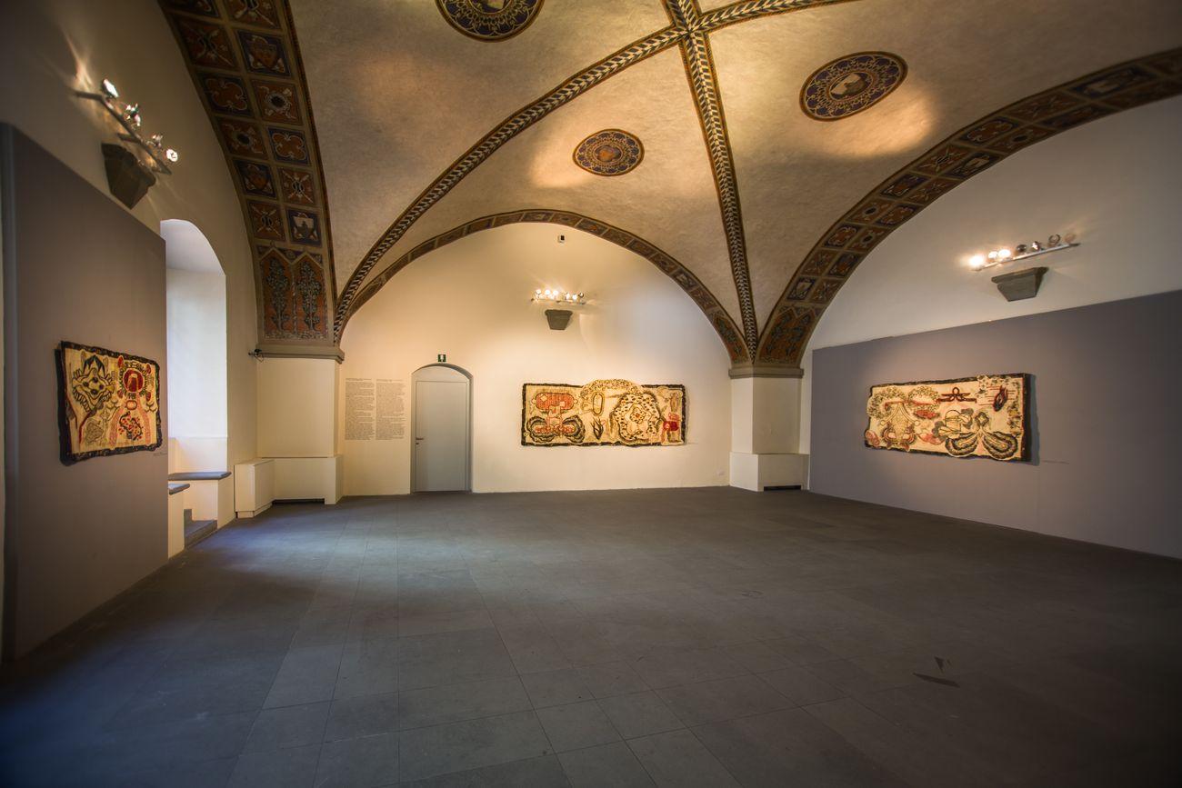 Simone Pellegrini, Passato in giudicato, installation view at Museo di Palazzo Pretorio, Prato 2019, photo Ivan D'Alì
