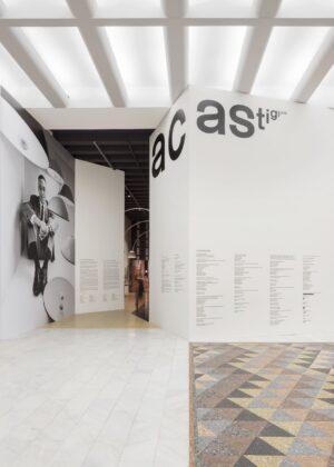 Studio Dallas, Grafica allestitiva della mostra A Castiglioni, Triennale di Milano, 2018