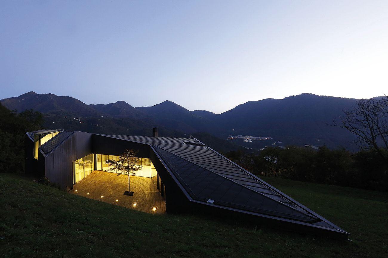 Camillo Botticini, Alps Villa, Lumezzane 2014. Photo Nicolò Galeazzi