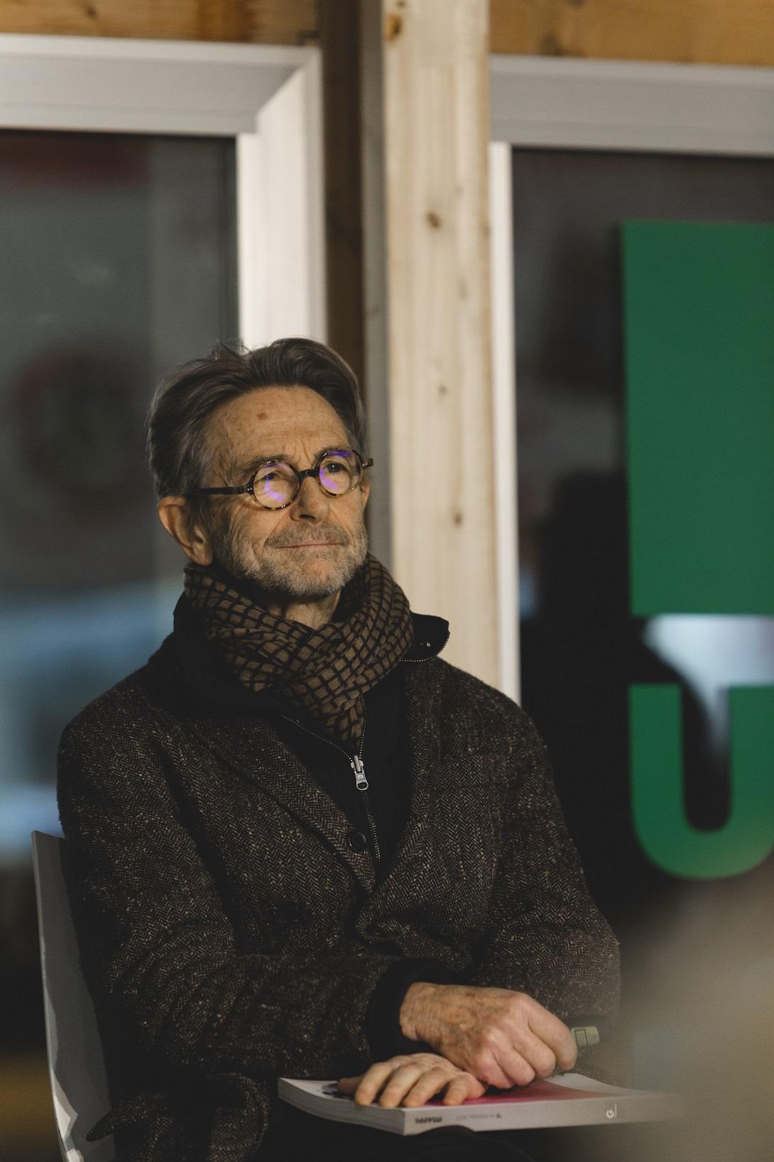 Cristiano Toraldo alla presentazione di Mappe dedicata all ingegneria in un Autogrill di Ancona Nord