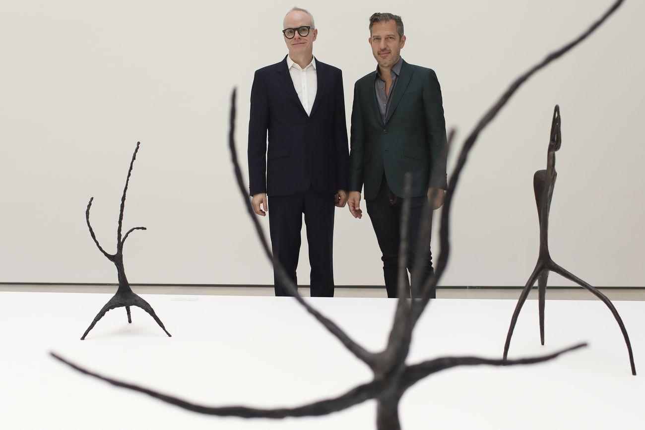 Hans Ulrich Obrist (curatore della mostra ) e Alexander S.C. Rower (presidente della Calder Foundation)
