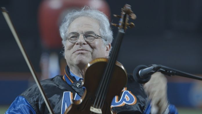 Itzhak Perlman performing the National Anthem at Citi Field courtesy of Greenwich Entertainment
