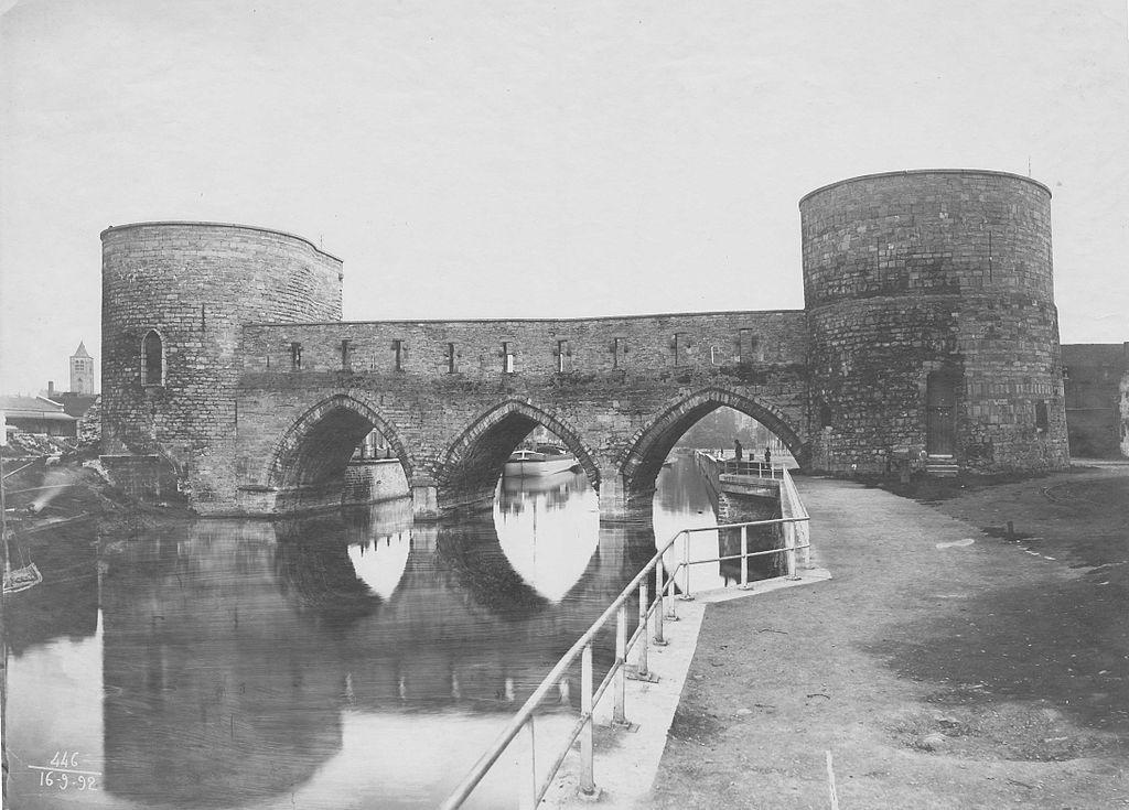 Pont des Trous, Tournai, 1892 via Wikipedia