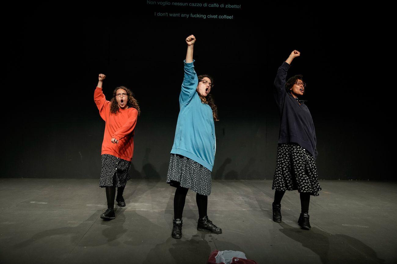 Sibylle Berg, Es sagt mir nichts das sogennante Draussen, regia di Sebastian Nübling. Courtesy La BIennale di Venezia. Photo Andrea Avezzù