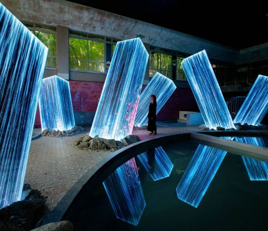 Teamlab, Megaliths in the Bath House Ruins