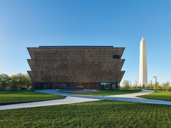 David Adjaye, Smithsonian National Museum of African American History and Culture. Photo © Brad Feinknopf