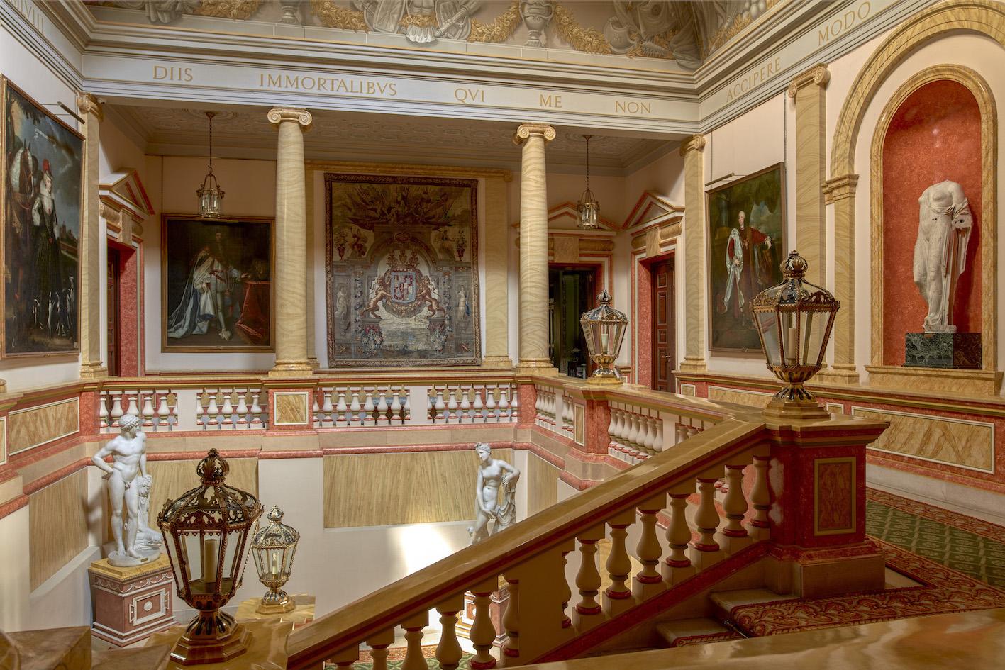 Escalera principal - Palacio de Liria, collezione Duca d'Alba