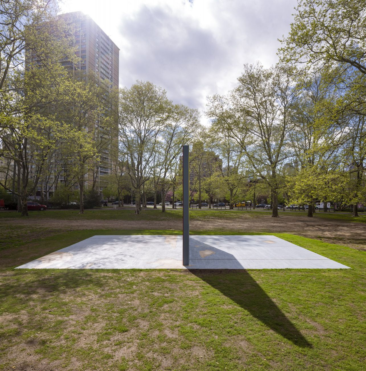 Harold Ancart, Subliminal Standard, 2019. Photo Nicholas Knight. Courtesy of Public Art Fund, New York