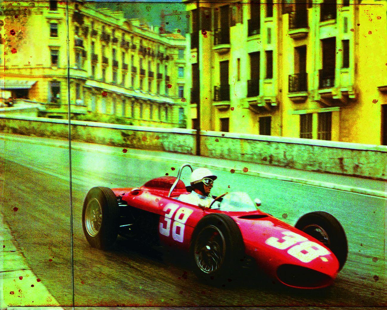 Red Cars. Gran Premio di Monaco. Photo credits Volumina