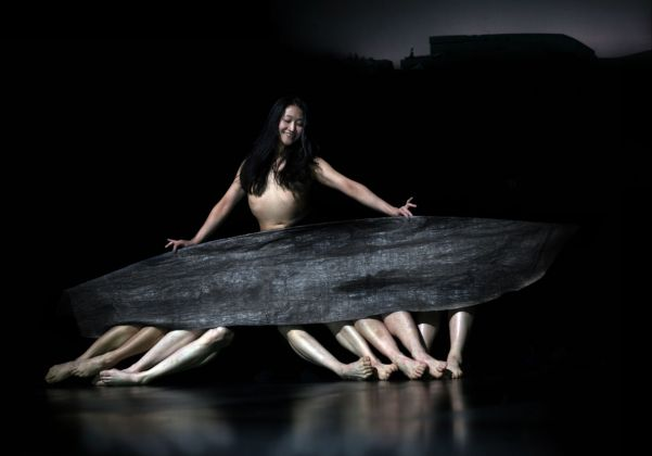 Tanztheater Wuppertal, Since She. Coreografia di Dimitris Papaioannou. Courtesy Armonie d'Arte Festival, Catanzaro. Photo Julian Mommert
