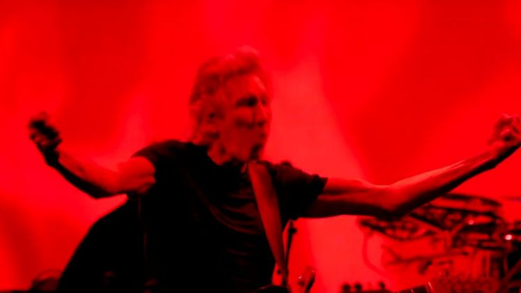 Roger Waters, Us them