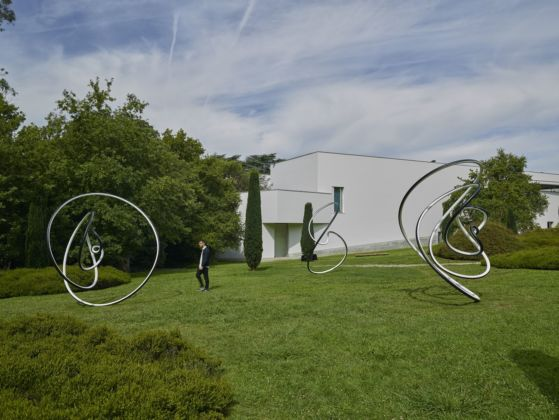 Olafur Eliasson, installation view of Human time is movement (spring), Human time is movement (winter), Human time is movement (summer)), 2019. Installation view at The Serralves Museum of Contemporary Art, 2019. Photo Filipe Braga. Courtesy of the artist; neugerriemschneider, Berlin; Tanya Bonakdar Gallery, New York / Los Angeles © 2019 Olafur Eliasson