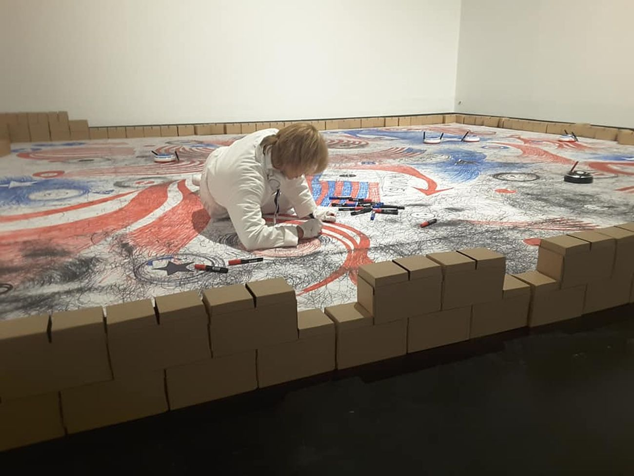 Francesca Fini, The Paper Wall. Courtesy T_Danse