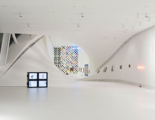 Hodgkin and Creed. Inside Out. Installation view at Kistefos Museet, Jevnaker, 2019. Courtesy of BIG – Bjarke Ingels Group & Kistefos. Photo Einar Aslaksen