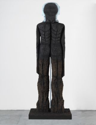 Huma Bhabha, Beyond the River, 2019 © Huma Bhabha. Photo Rob McKeever. Courtesy the Artist and Gagosian