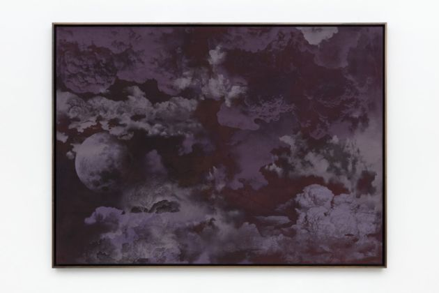 Jay Heikes, Mother Sky, 2019. Oil on stained canvas 124 x 169 x 6,5 cm. Courtesy Jay Heikes and Federica Schiavo Gallery