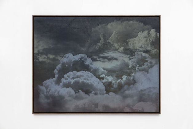Jay Heikes, Mother Sky, 2019. Oil on stained canvas 96,5 x 127 x 5 cm. Courtesy Jay Heikes and Federica Schiavo Gallery