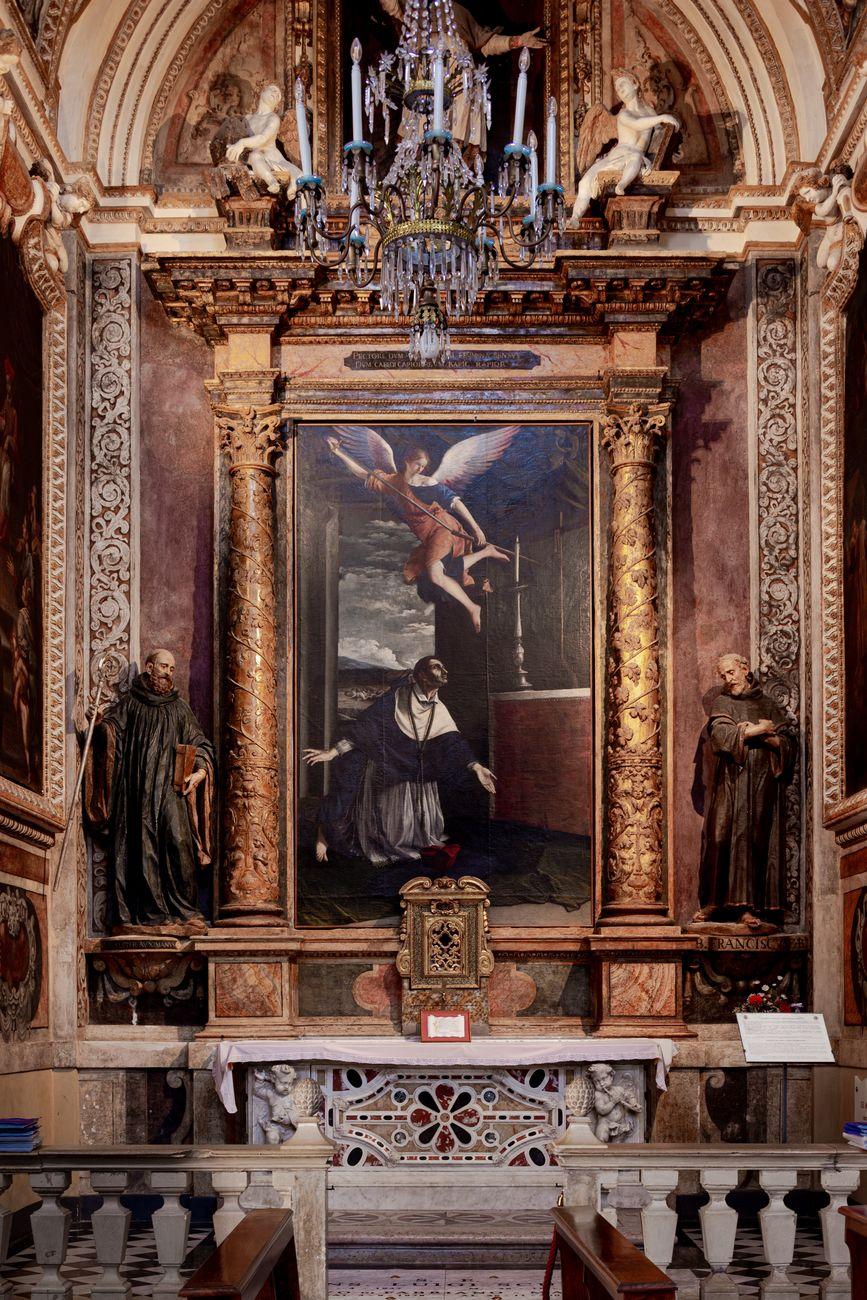 La luce e i silenzi. Exhibition view at Chiesa di San Benedetto, Fabriano 2019. Photo Guido Calamosca