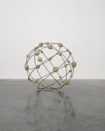 Mona Hatoum, Orbital I, 2018. Photo White Cube (Ollie Hammick)