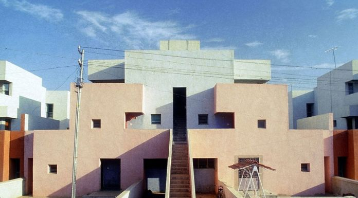 Balkrishna Vithaldas Doshi, Housing for Life Insurance Corporation, Ahmedabad, 1973, il quartiere. Courtesy of Vastushilpa Foundation, Ahmedabad