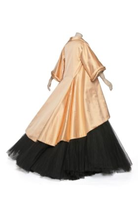 Christian Dior, Abito da ballo Adelaide, 1969. Parigi, Musée des Arts Décoratifs. Photo MAD, Paris Jean Tholance