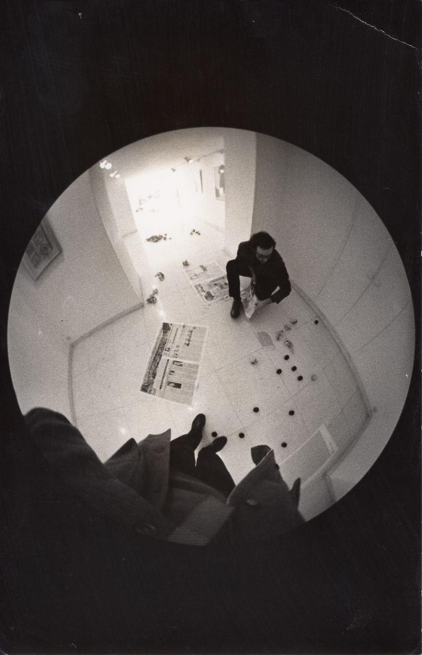 Emilio Prini, Punti ipotesi sullo spazio totale, Genova, Galleria la Bertesca, 1968. Collezione privata