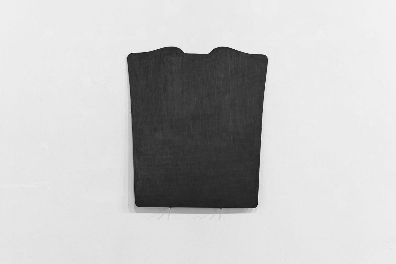 Giovanni Oberti, Senza titolo (Oggetti dipinti), 2011. Photo Floriana Giacinti. Courtesy Galleria Milano e l'artista
