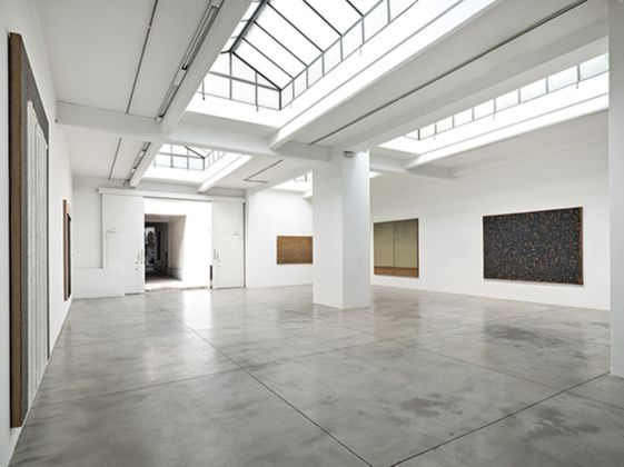 Ha Chong Hyun. Exhibition view at Cardi Gallery, Milano 2019. Courtesy Cardi Gallery © the Artist