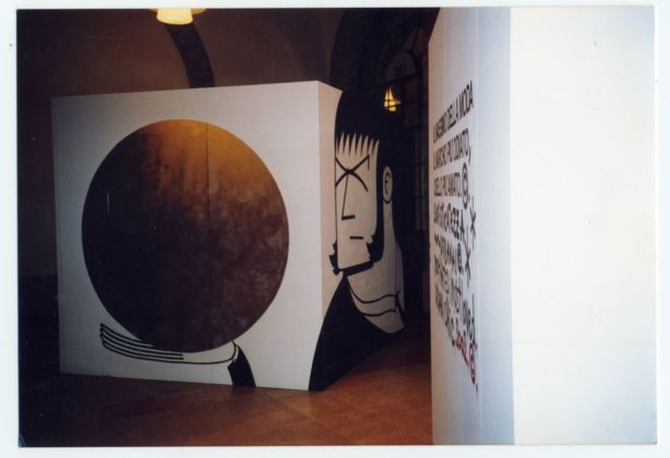 Honet & Oliver Kosta Thefaine. Installation view at Caffè Concerto, Festival Icone, Modena 2002. Courtesy of the artists