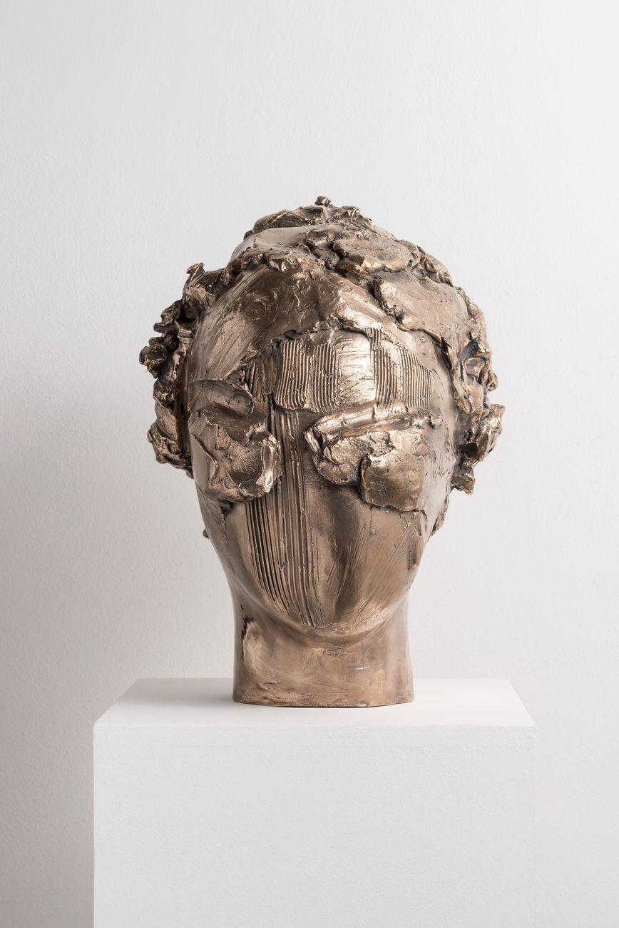 Vanessa Beecroft, vb.b.010, ed.3, 2015. Courtesy Galleria Massimo Minini, Brescia. Photo credit Andrea Gilberti & Alberto Petrò