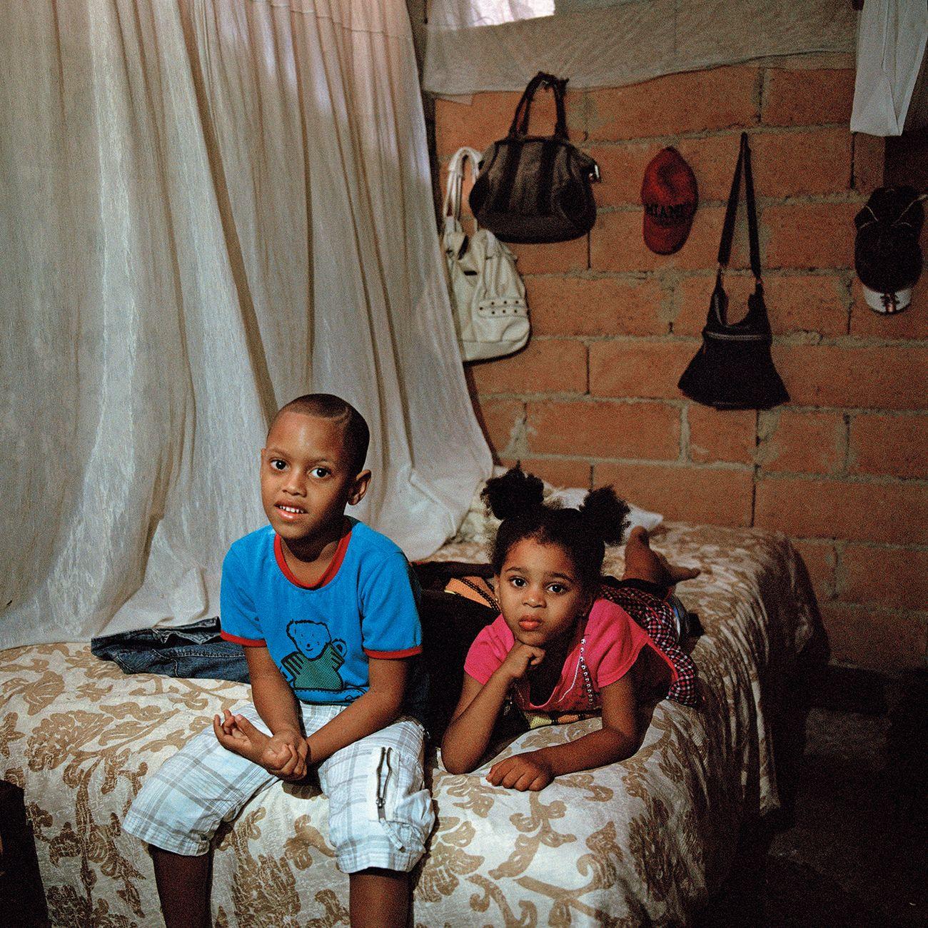 Carolina Sandretto, dalla serie Cuba. Vivir Con, 2013-16