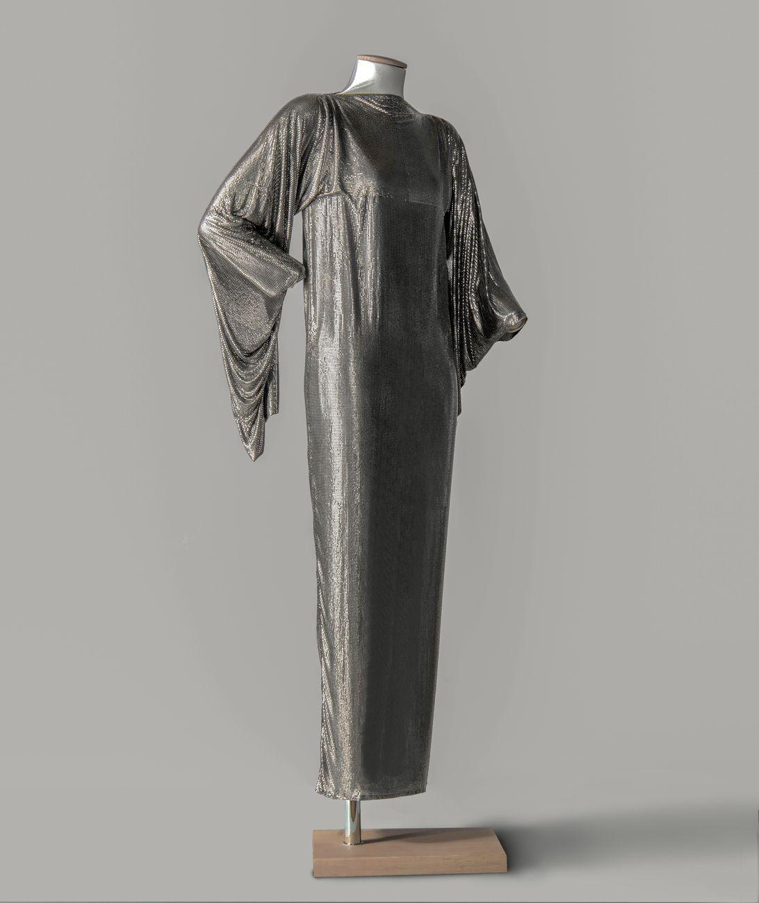 Gianni Versace, Abito in maglia di metallo Oroton, 1984, Firenze, Gallerie degli Uffizi, Museo della Moda e del Costume di Palazzo Pitti